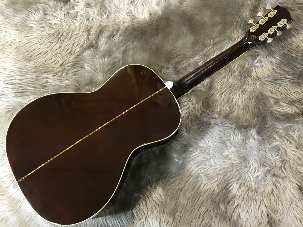 Keb Mo Signature Acoustic Blues Master Modelのボディバック-アップ画像