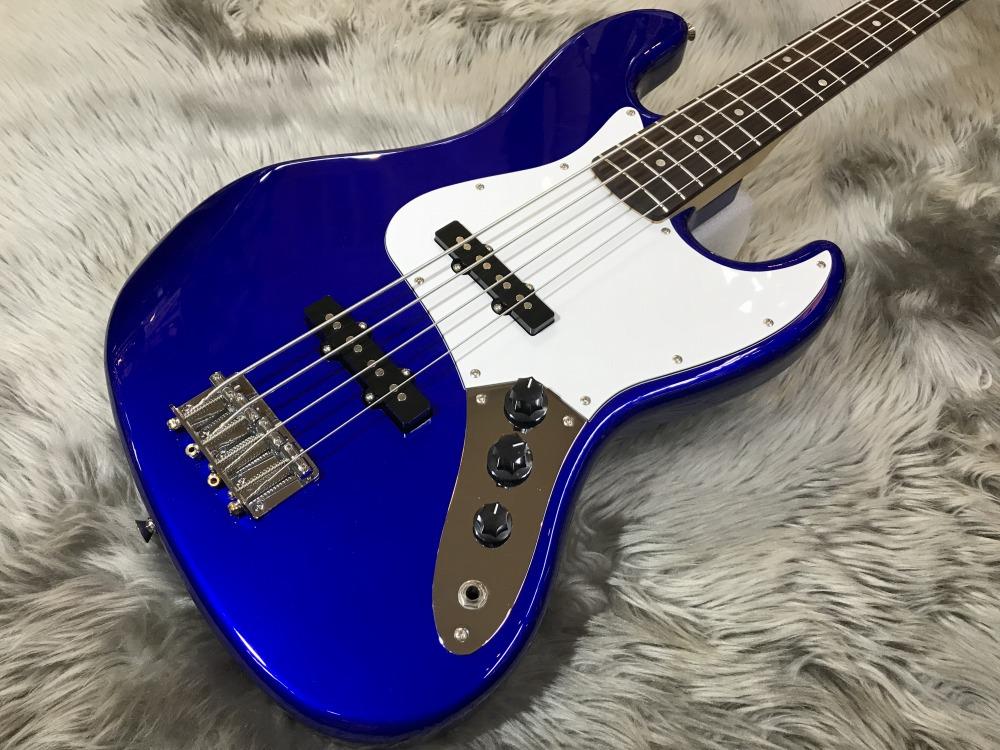 Affinity Jazz Bassのボディトップ-アップ画像
