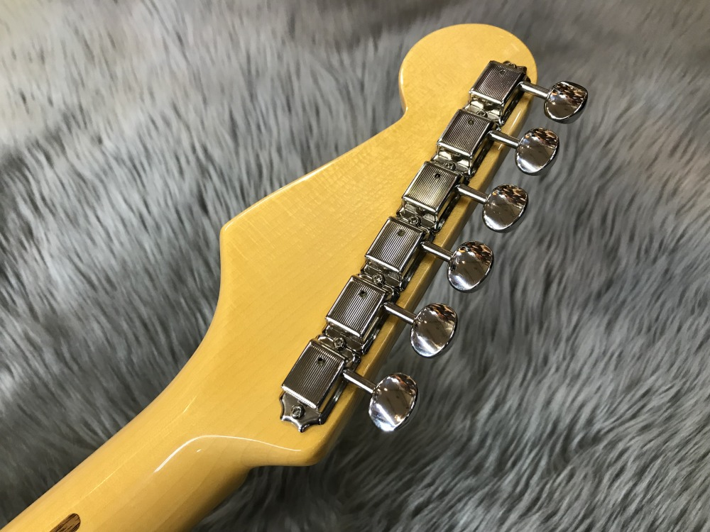 ERIC JOHNSON SIGNATURE  STRATOCASTER® THINLINEのヘッド裏-アップ画像