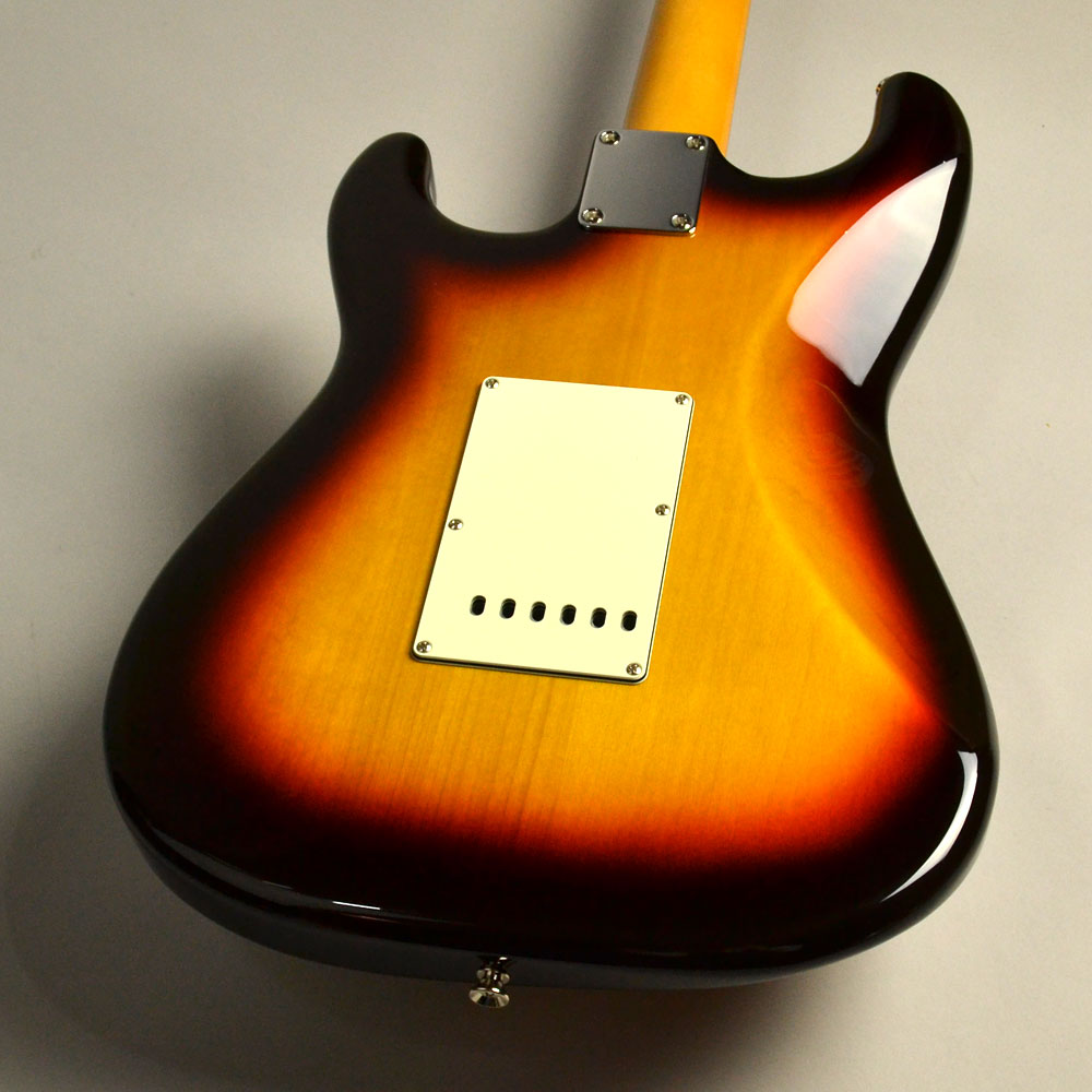 MADE IN JAPAN TRADITIONAL 60S STRATOCASTERのヘッド裏-アップ画像