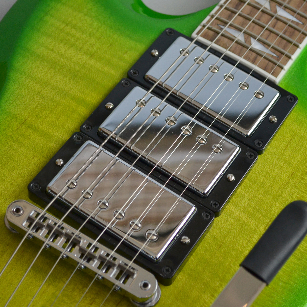 SG Deluxe Lime Burst with Bigsbyのボディバック-アップ画像
