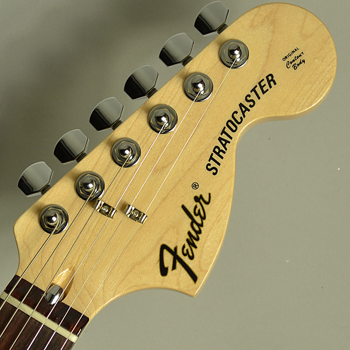 Traditional 70s Stratocasterのヘッド画像