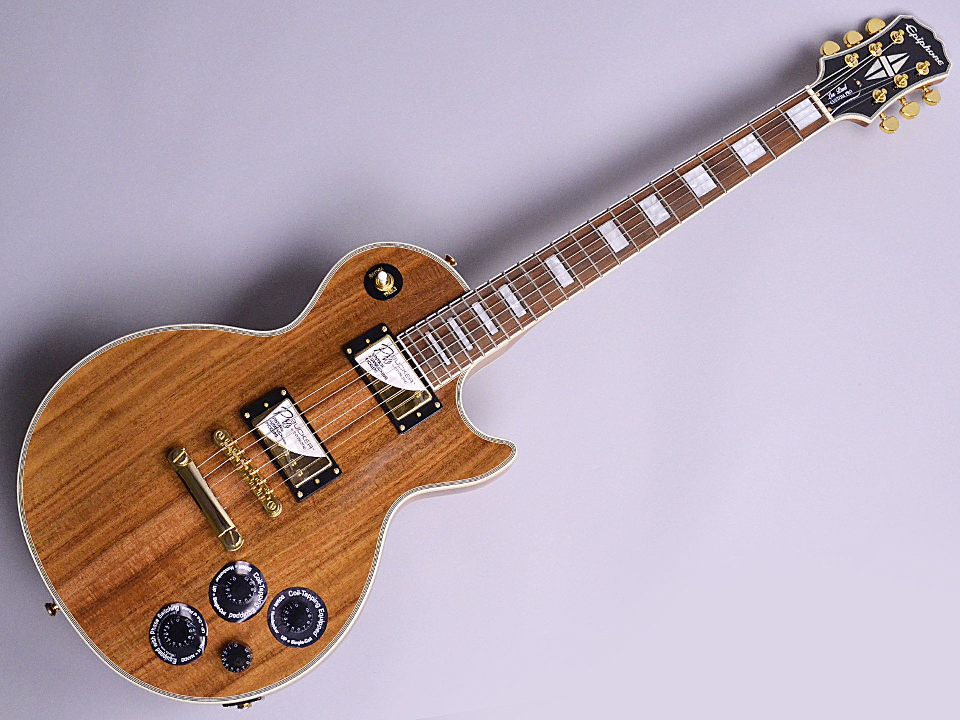 Limited Edition Les Paul Custom PRO KOAの全体画像