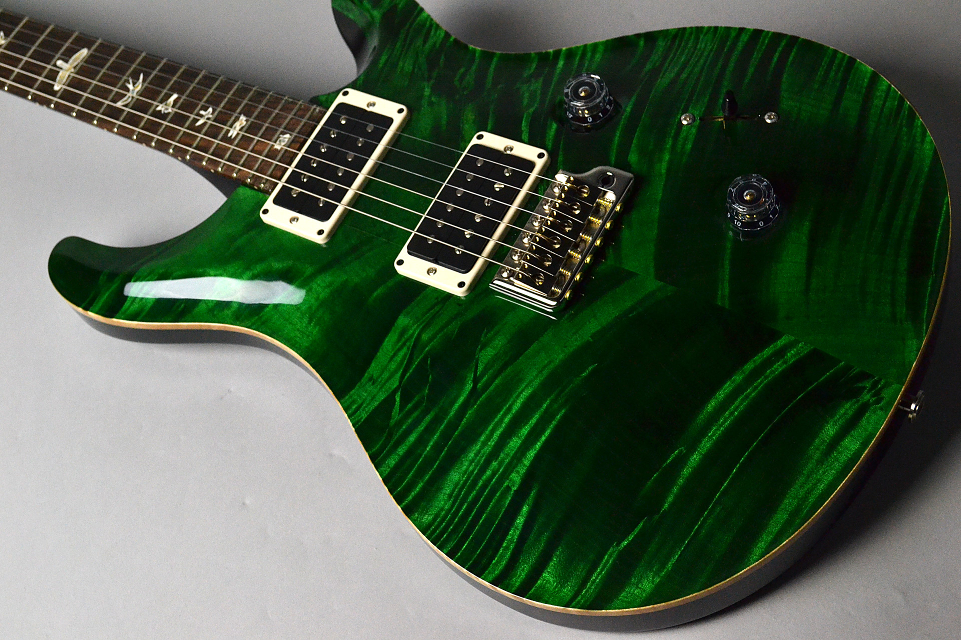 CUSTOM 24 Pattern Thin Emerald Green Wood Libraryの全体画像(縦)