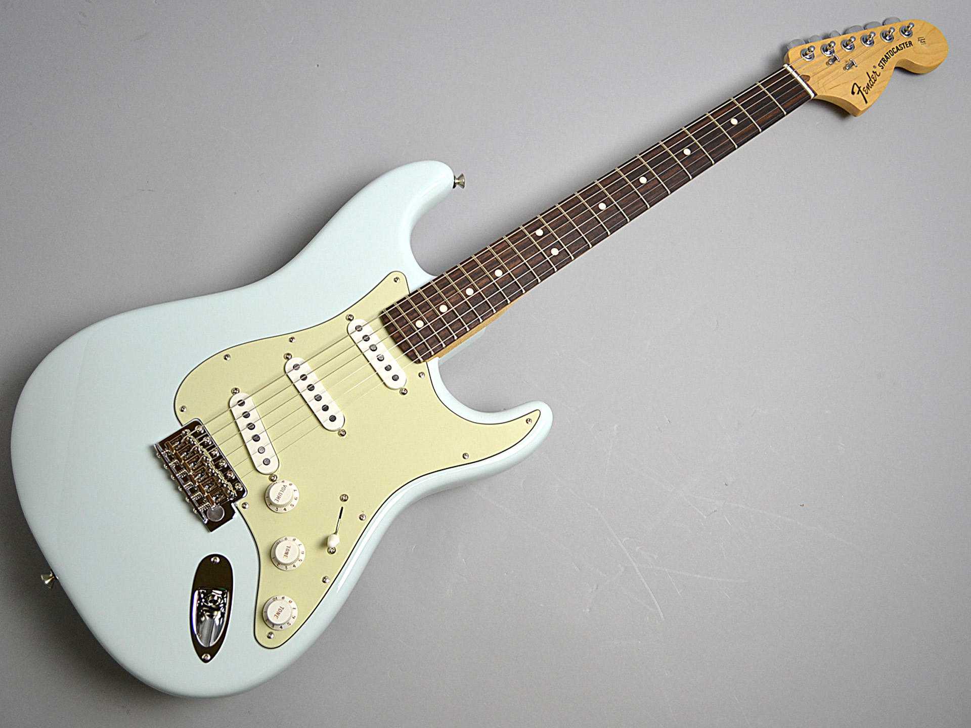 American Special Stratcaster