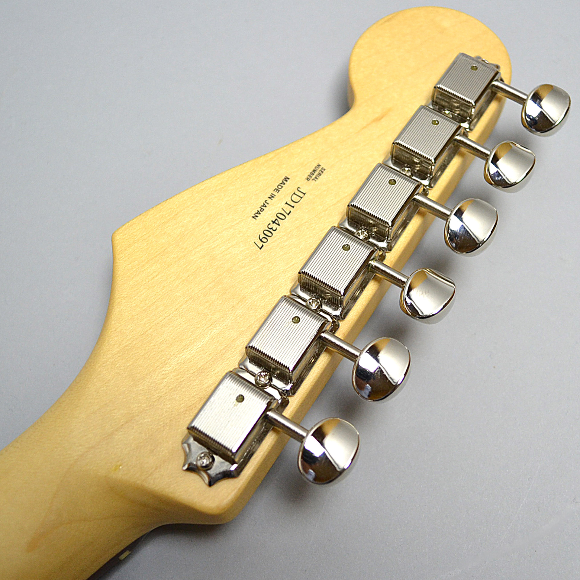 MADE IN JAPAN HYBRID 60S STRATOCASTERのヘッド裏-アップ画像