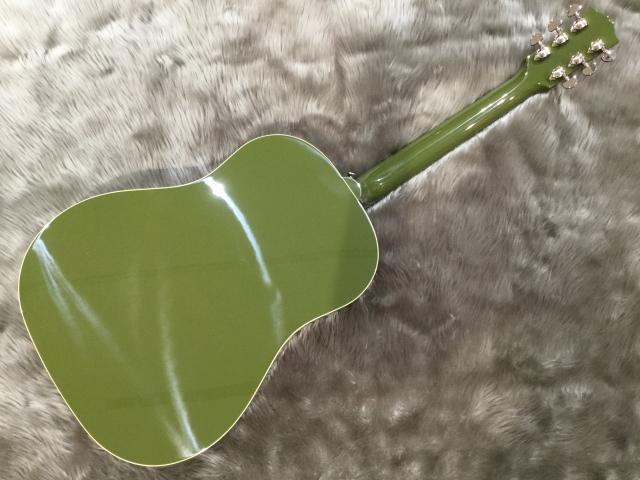 J-45 Olive Greenのヘッド画像