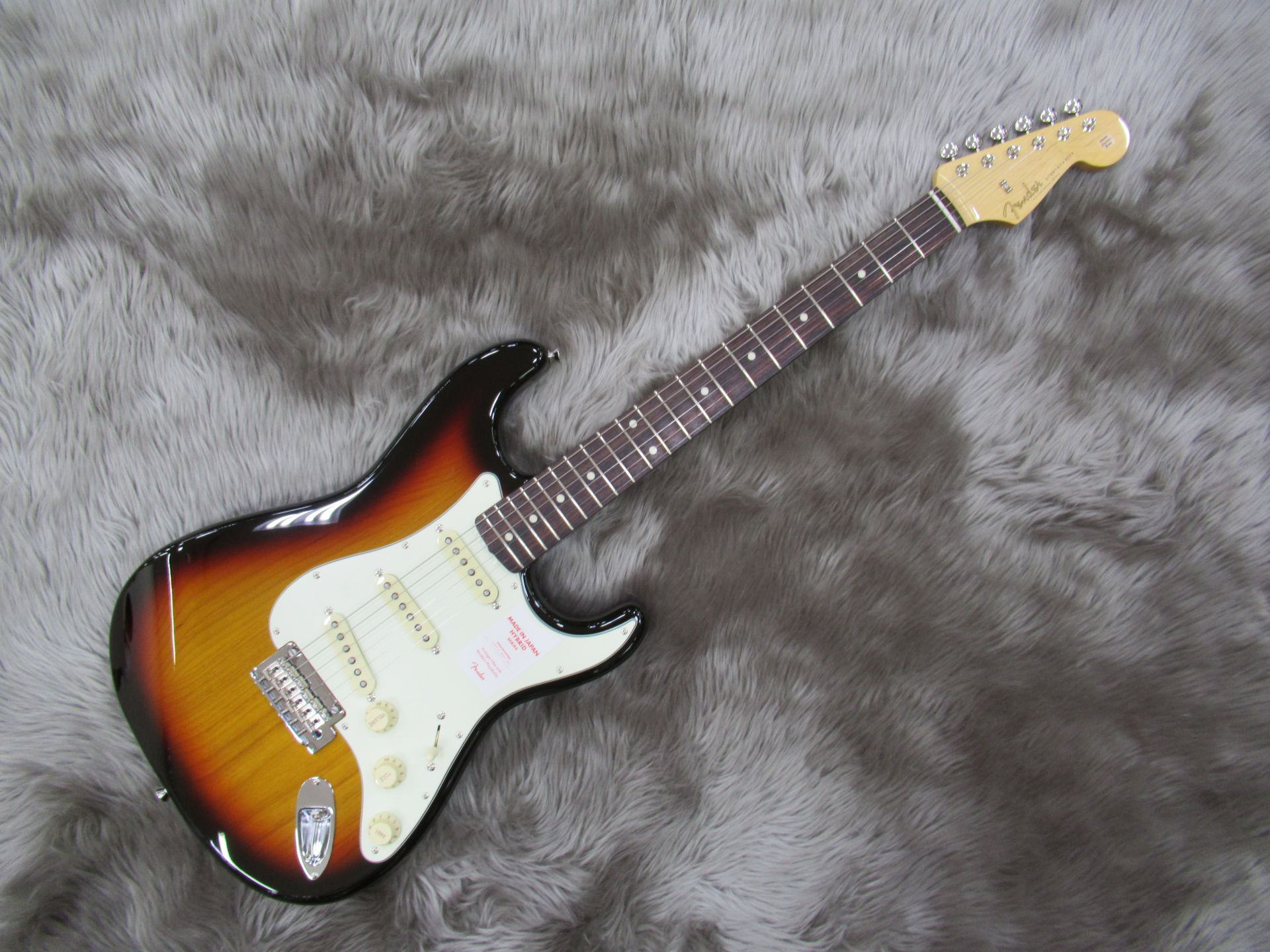 Fender  Hybrid 60s STRAT/R 写真画像