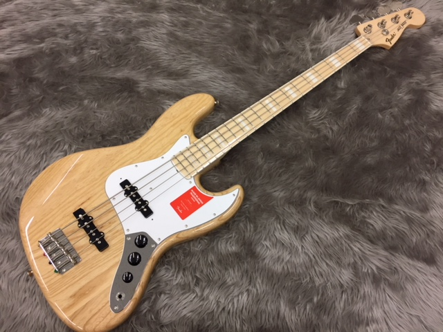 MADE IN JAPAN TRADITIONAL 70S JAZZ BASS®の全体画像