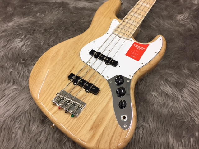 MADE IN JAPAN TRADITIONAL 70S JAZZ BASS®のボディトップ-アップ画像