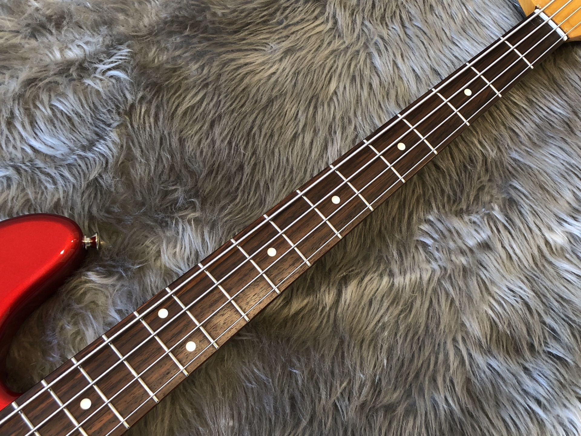 MIJ Traditional '60s Jazz Bass, Rosewoodの指板画像