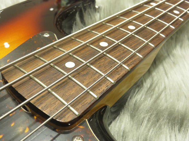 TRAD 60s JAZZ BASS(3TS)の指板画像