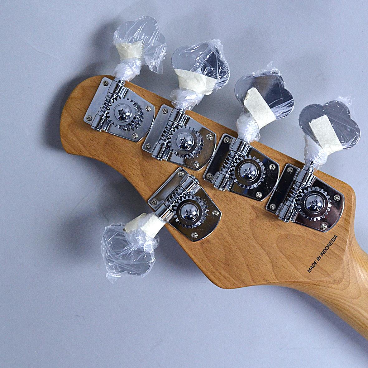 STERLING by MUSICMAN Ray35QMのヘッド裏-アップ画像