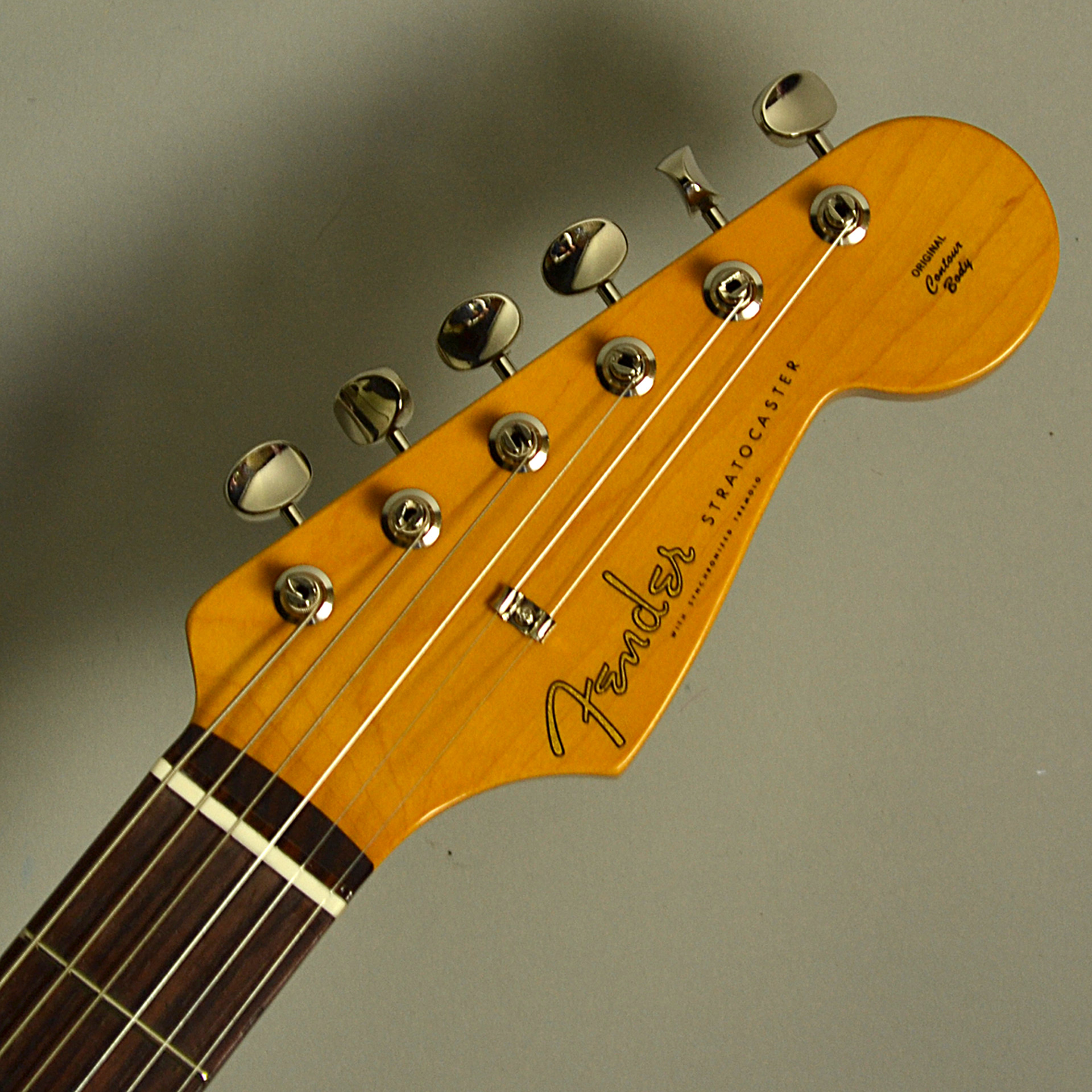 Fender Traditional 60s Stratocasterのヘッド画像