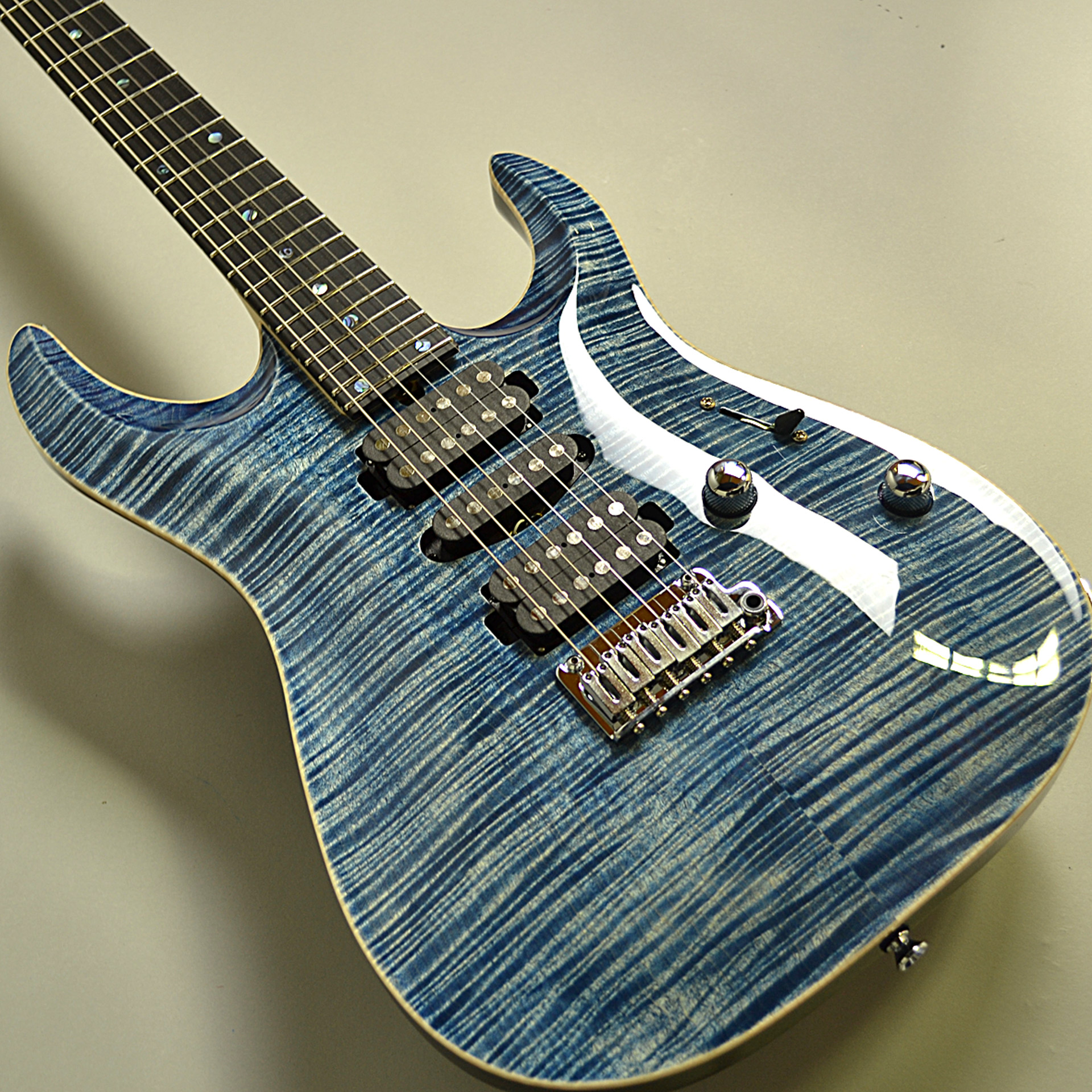 DST-Pro24 Carvedtop 5A FlameMapleのボディバック-アップ画像