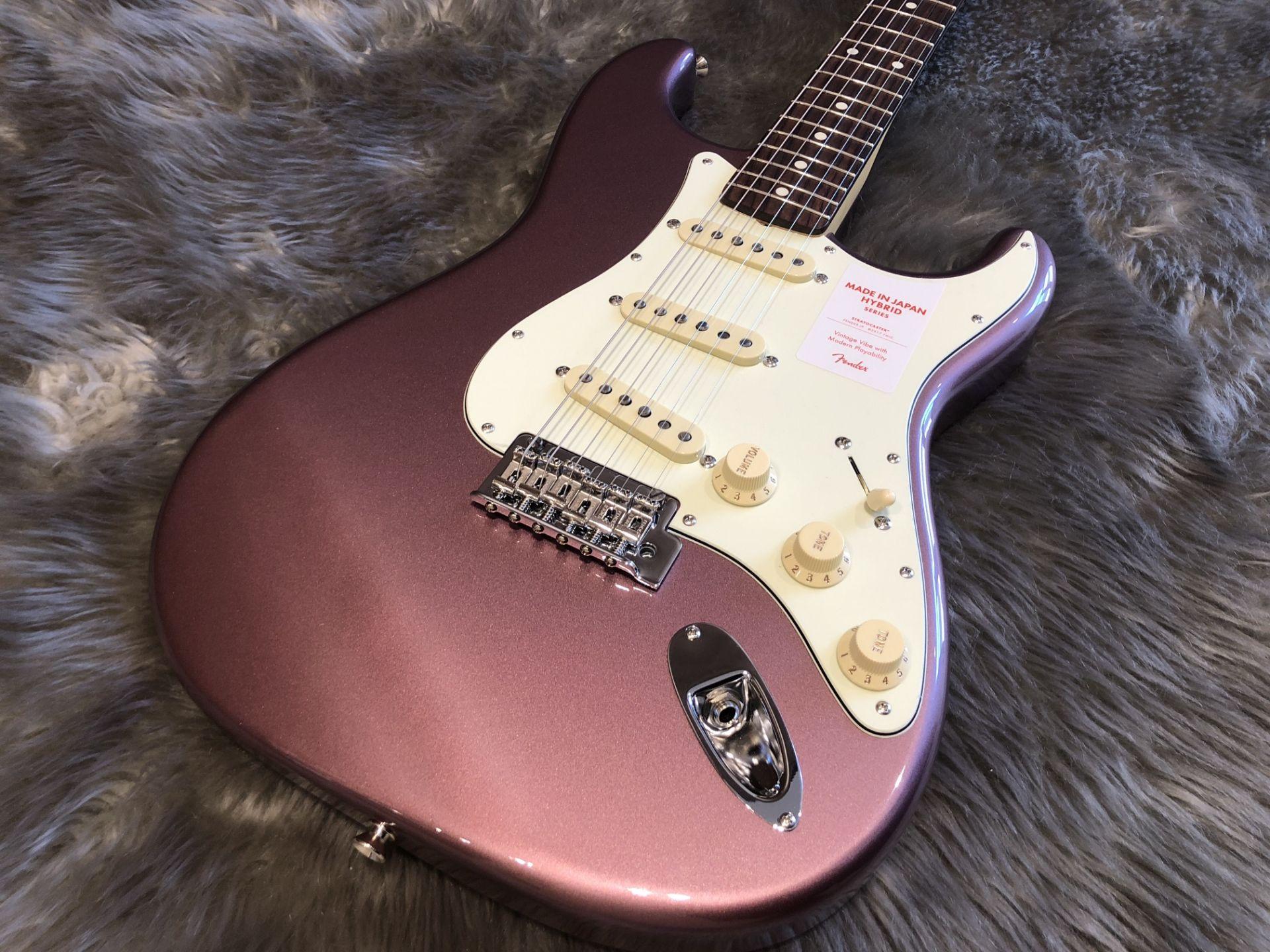 MIJ Hybrid '60s Stratocaster®, Rosewoodの全体画像(縦)