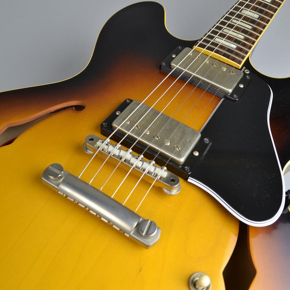 Memphis 1963 ES-335 VOS Historic Burstのボディトップ-アップ画像