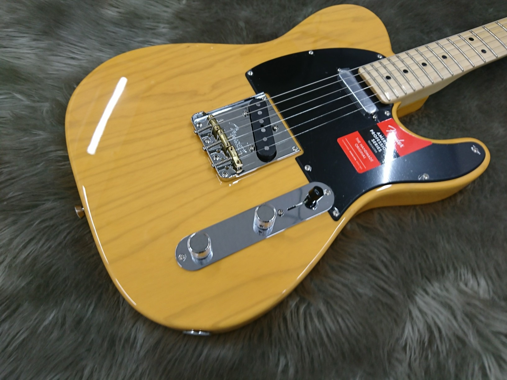 AMERICAN PROFESSIONAL TELECASTER MNのボディトップ-アップ画像