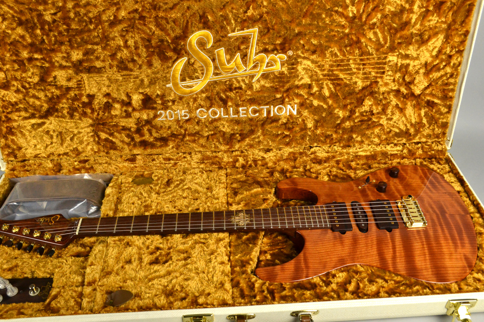 Modern Carved Top Redwood 2015 Collection Limitedの全体画像(縦)