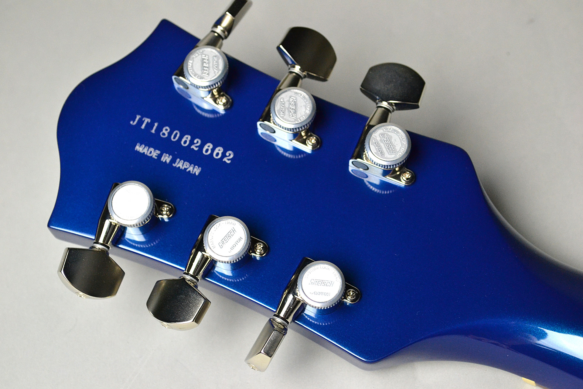 G6118T Players Edition Anniversary 2-Tone Iridium Silver/Azure Metallicのヘッド裏-アップ画像