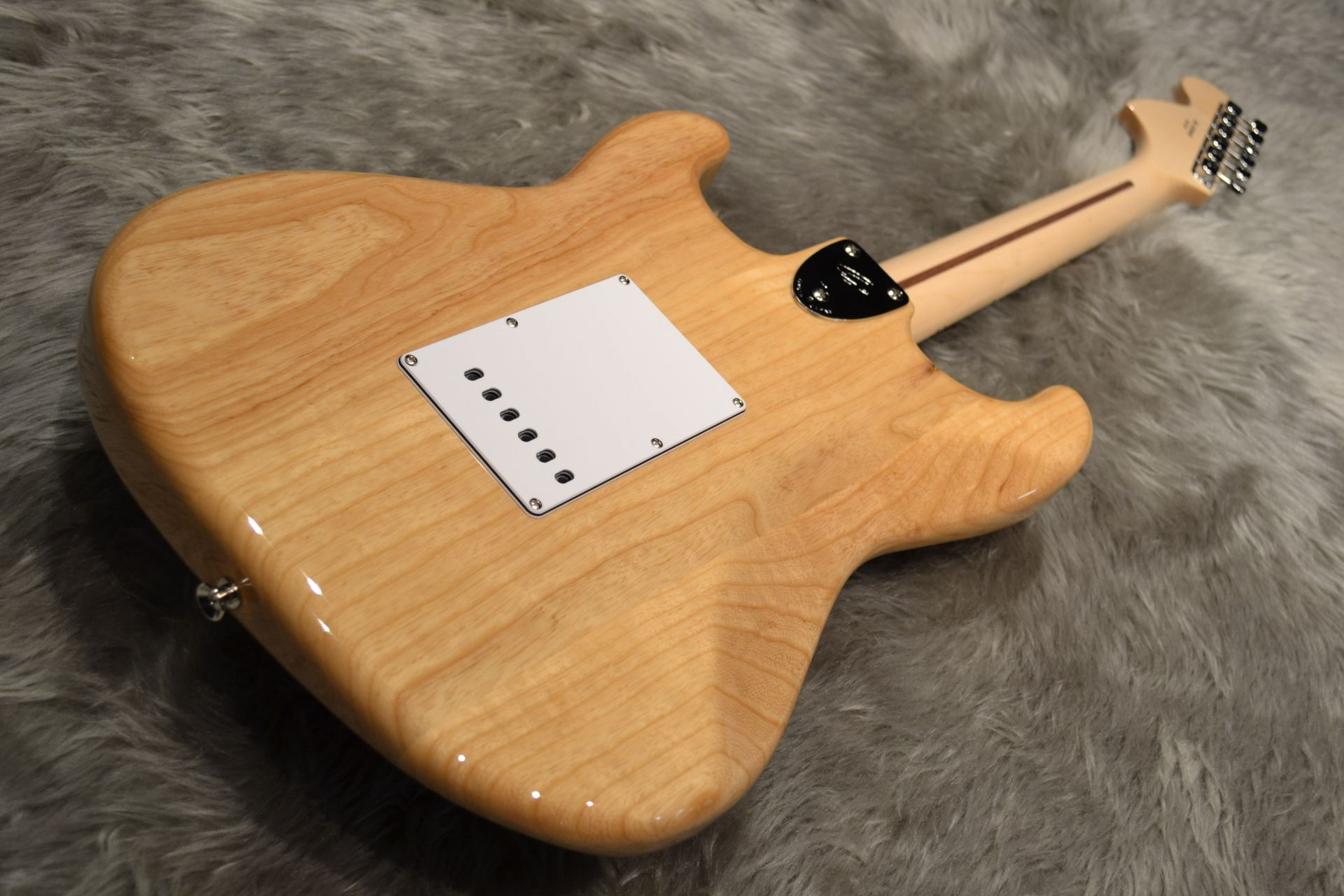 Made in Japan Traditional 70s Stratocaster ASHのボディバック-アップ画像