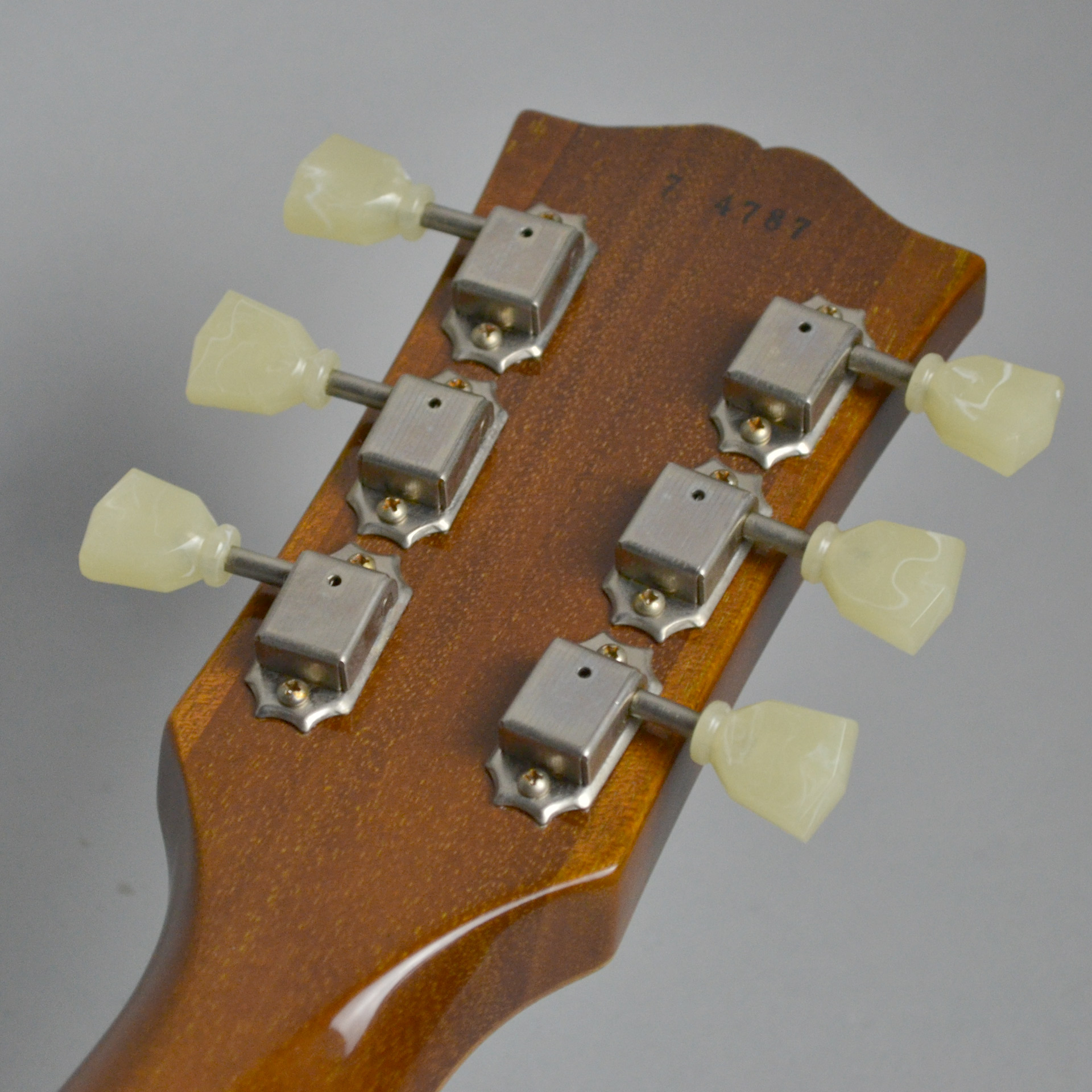 Standard Historic 1957 Les Paul Gold Top VOSのケース・その他画像