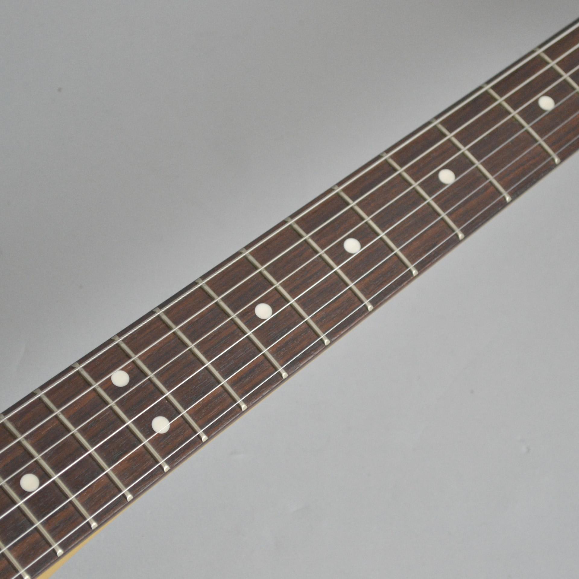 Modern Player Mustangのヘッド画像