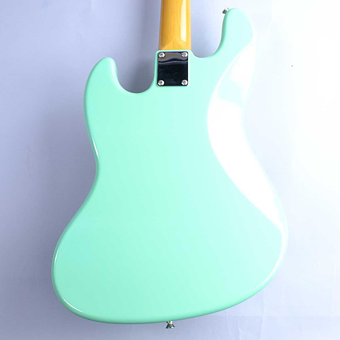 Fender TRAD 60S JASS BASSの全体画像(縦)