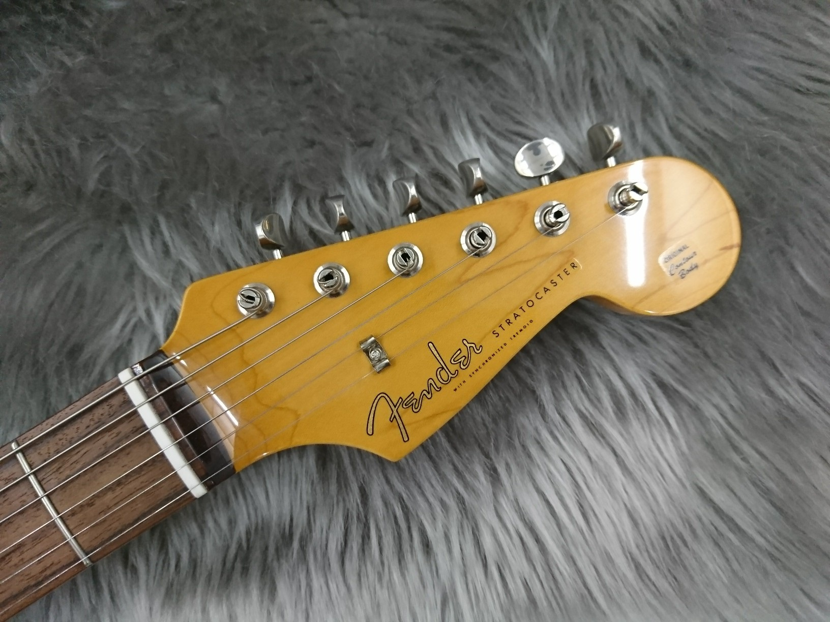 MADE IN JAPAN TRADITIONAL 60S STRATOCASTER RWのヘッド画像