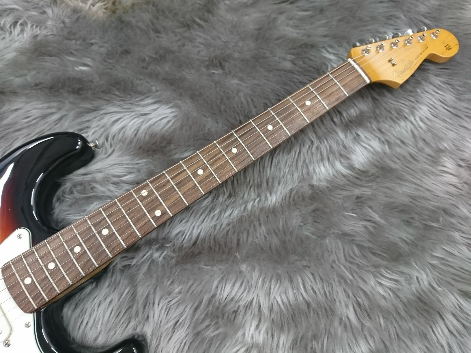 MADE IN JAPAN TRADITIONAL 60S STRATOCASTER RWの指板画像