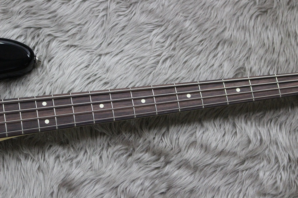 AM PRO JAZZ BASS RW BLKの指板画像