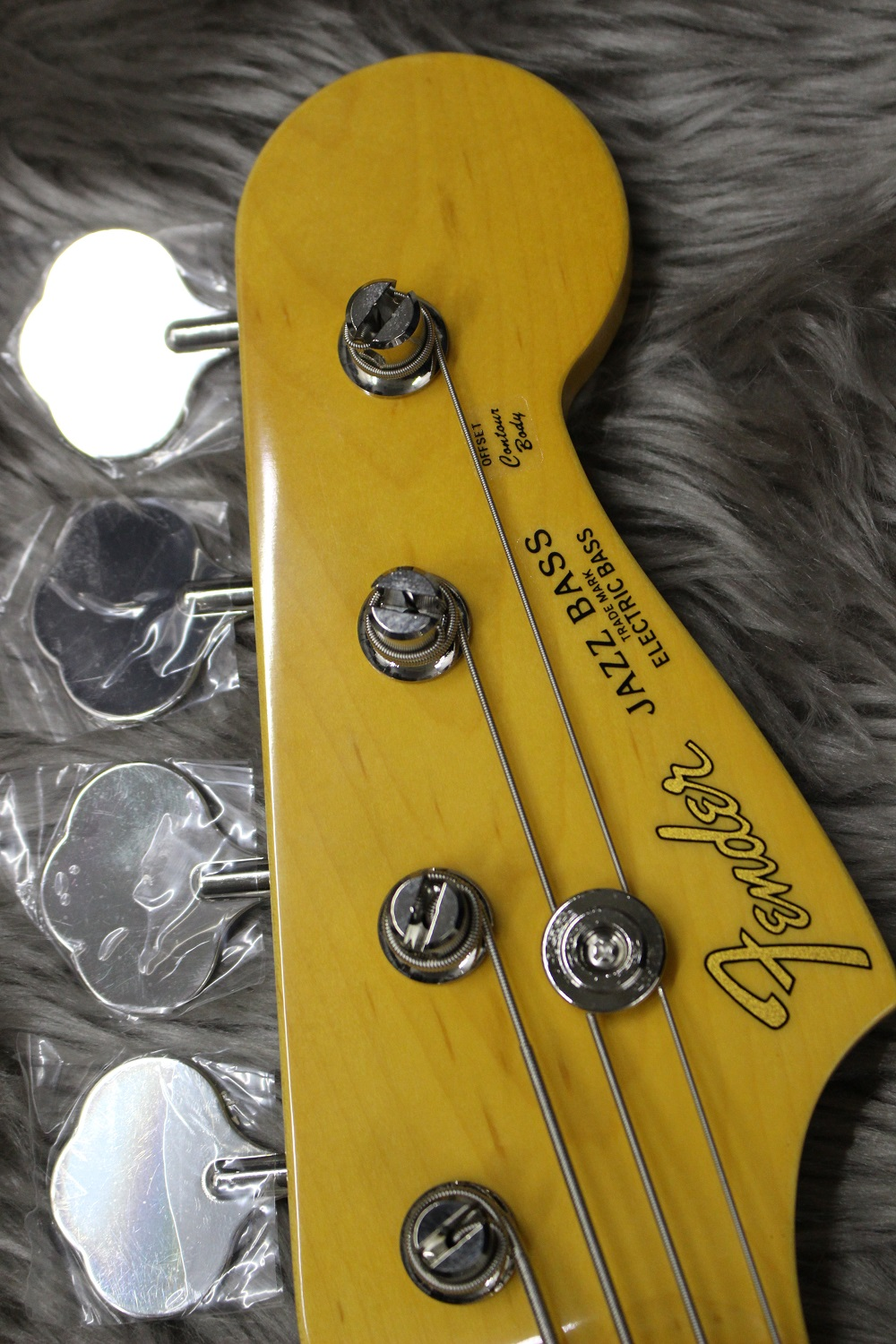 TRAD 60S JAZZ BASS 3TSBのヘッド画像