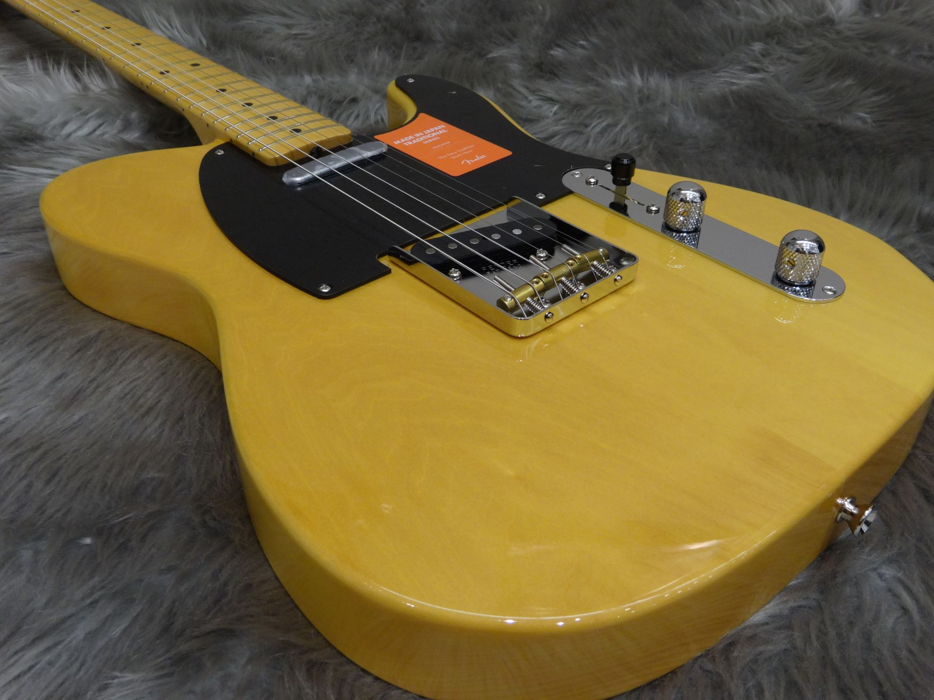 TRAD 50S TELE Fenderの全体画像(縦)