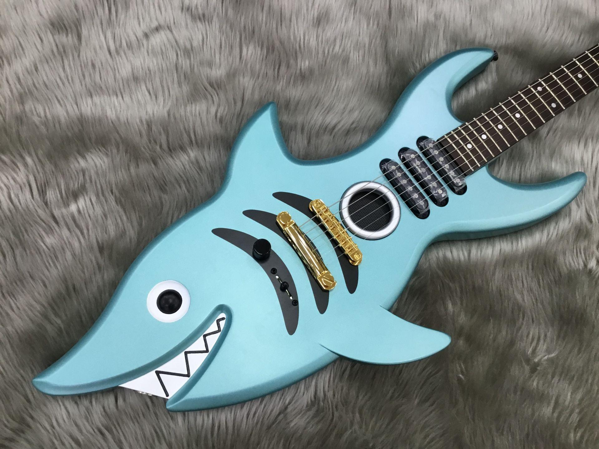 SHARK GUITARの全体画像