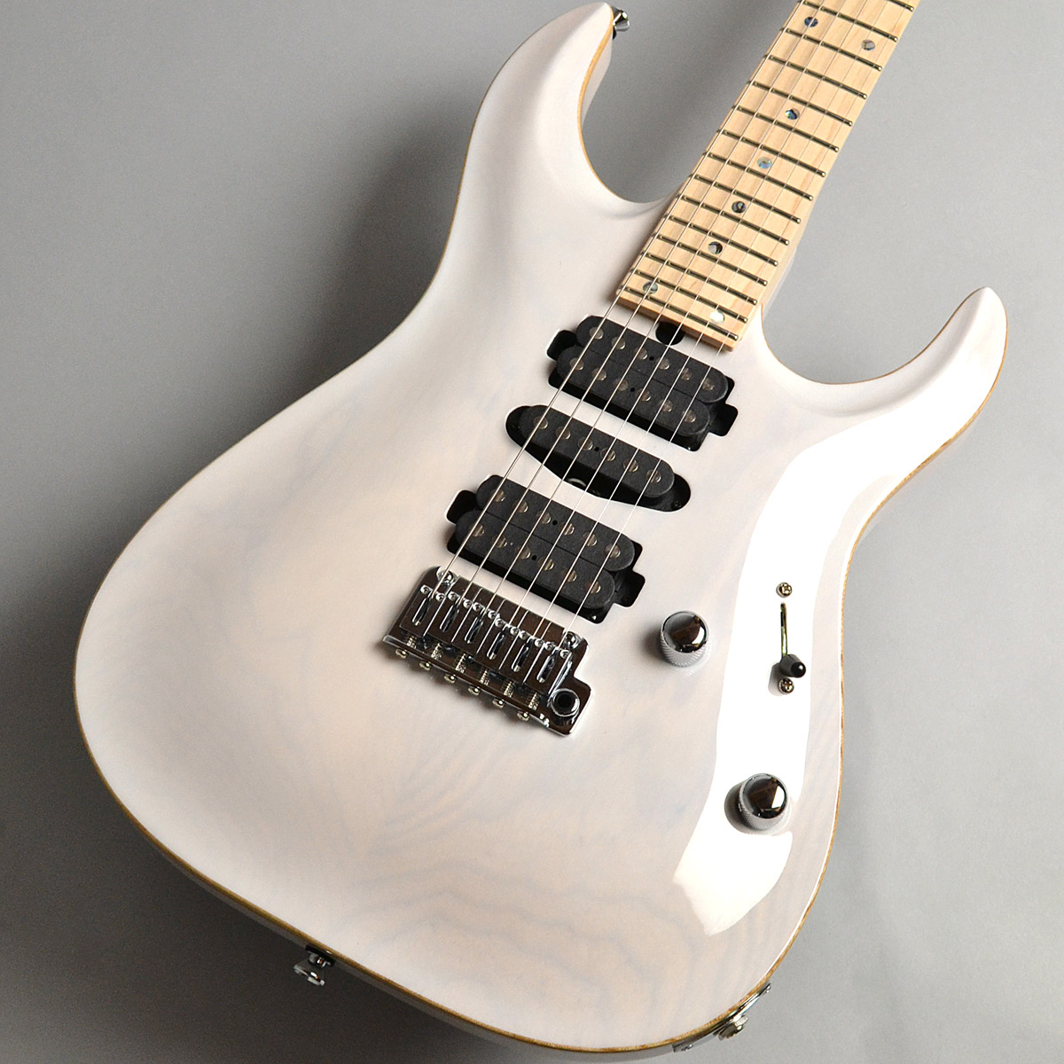 DST-24 Carvedtop/ASHのボディトップ-アップ画像