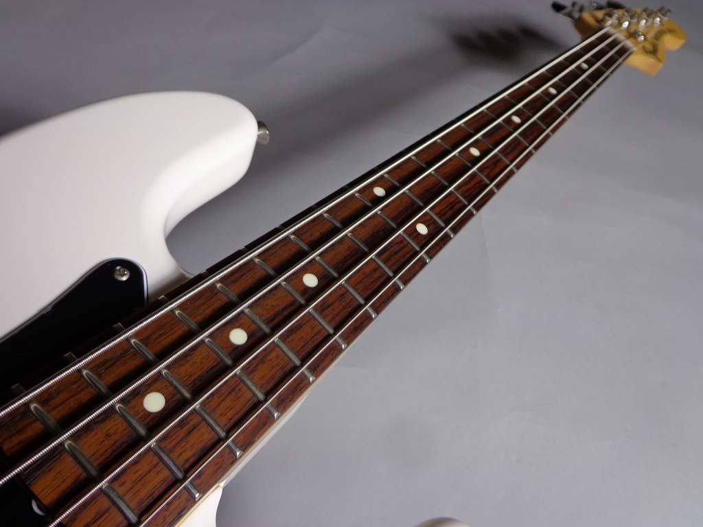 Made in Japan Traditional 70S PRECISION BASSの指板画像