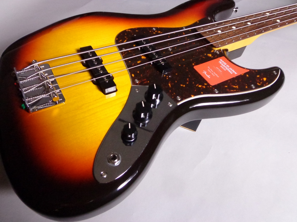 Made in Japan Traditional 60S JAZZ BASSのケース・その他画像