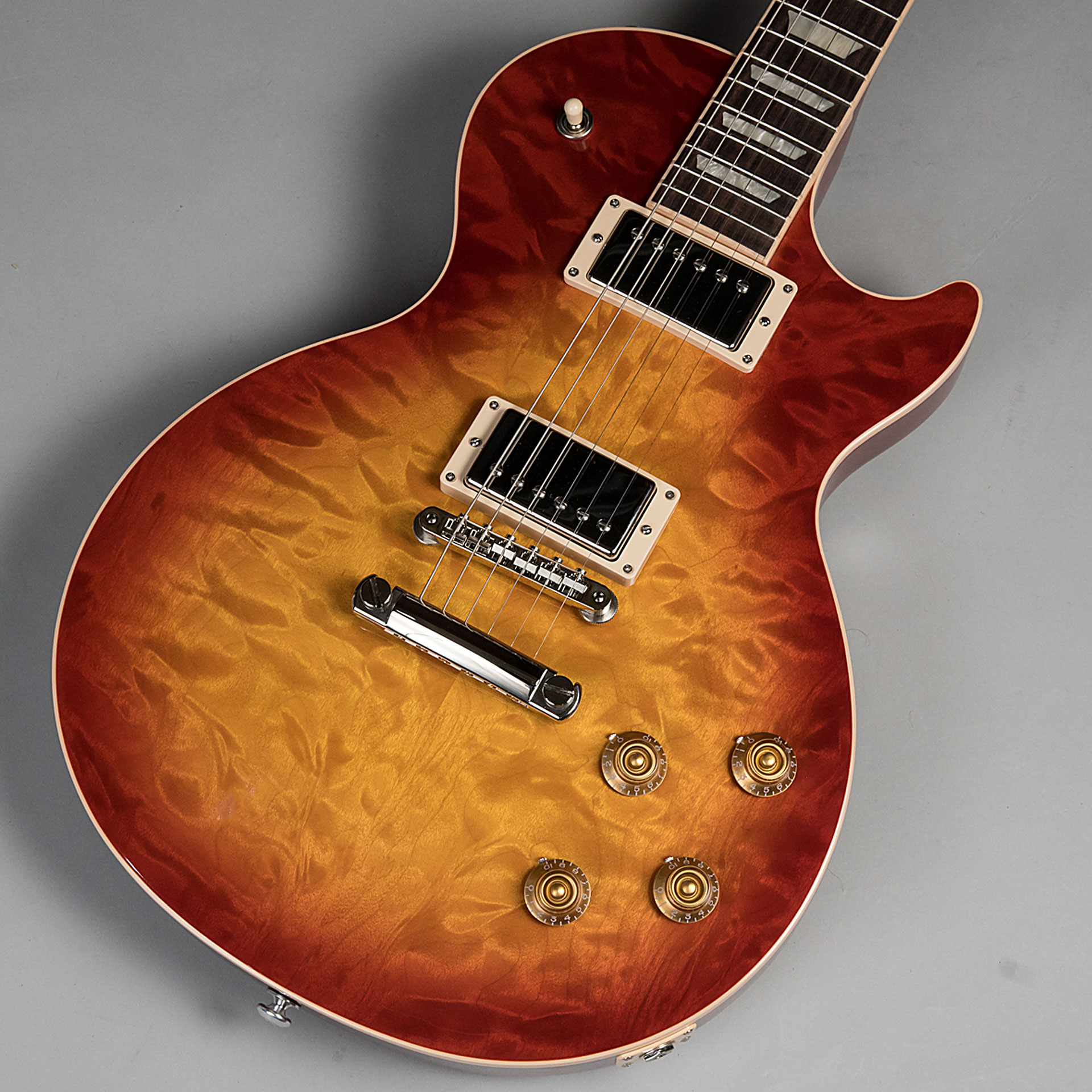 Les Paul Traditional 2017 Quiltのボディトップ-アップ画像
