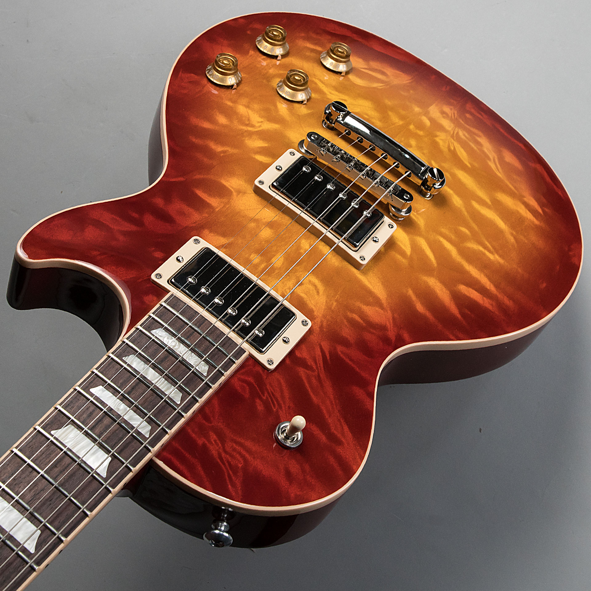 Les Paul Traditional 2017 Quiltのケース・その他画像