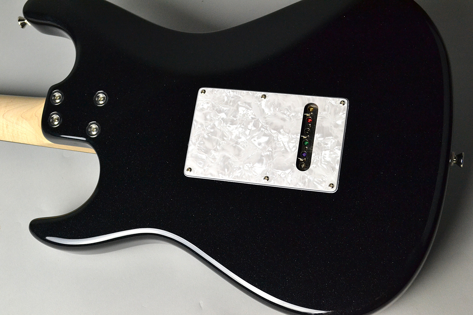 Paddle Out Dinky ST 25″ SSH Black Metallicのボディバック-アップ画像