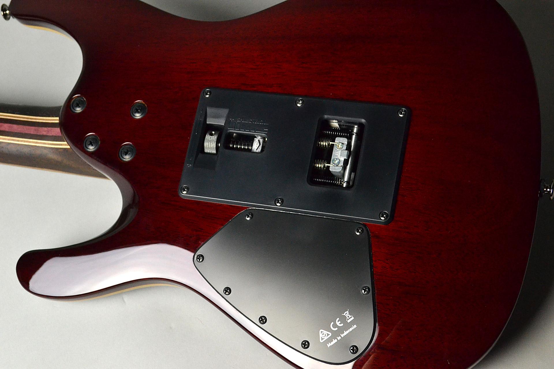 S1070PBZ-CLB【セミハードケース付属】のボディバック-アップ画像