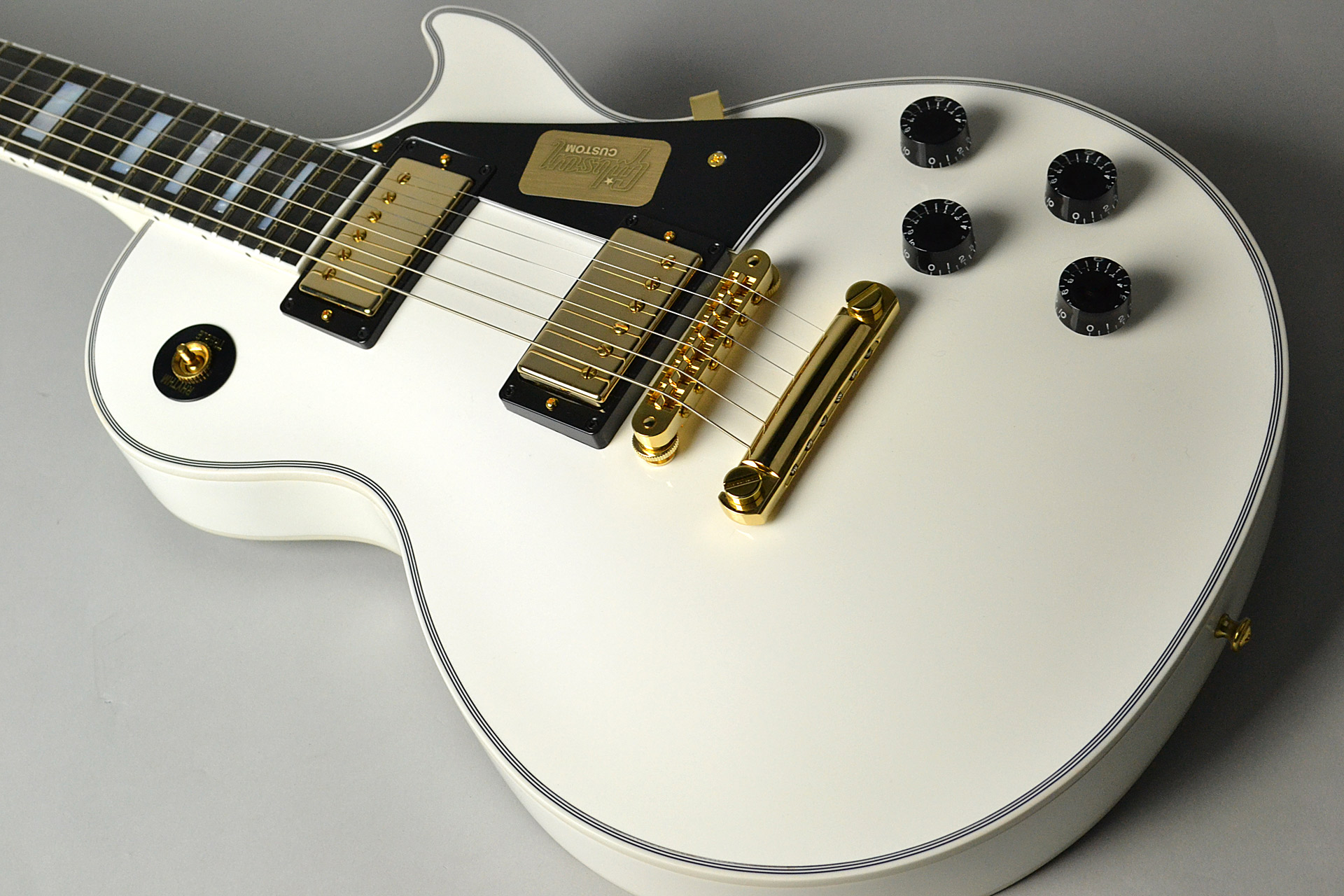 Les Paul Custom 2017 Alpine Whiteのケース・その他画像