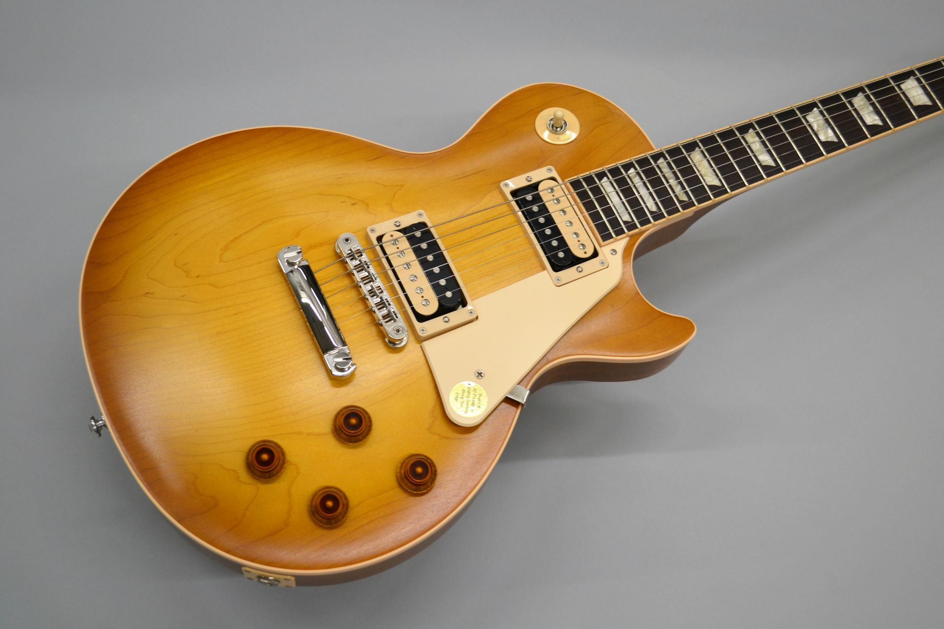 Gibson Les Paul 50s Standard Faded 2016 Limited Faded Honey Burstのボディトップ-アップ画像