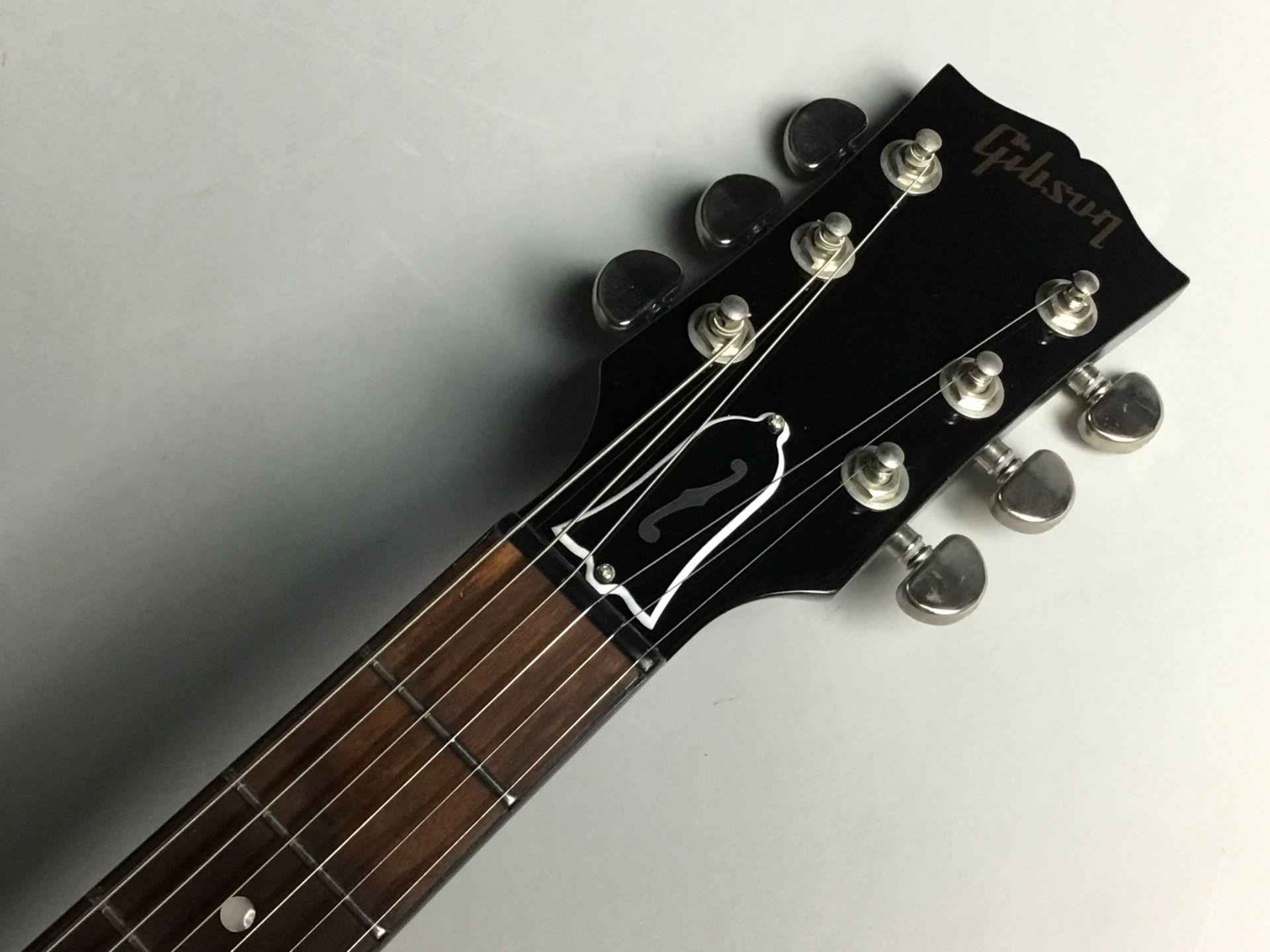 ES-335 Studioのヘッド画像