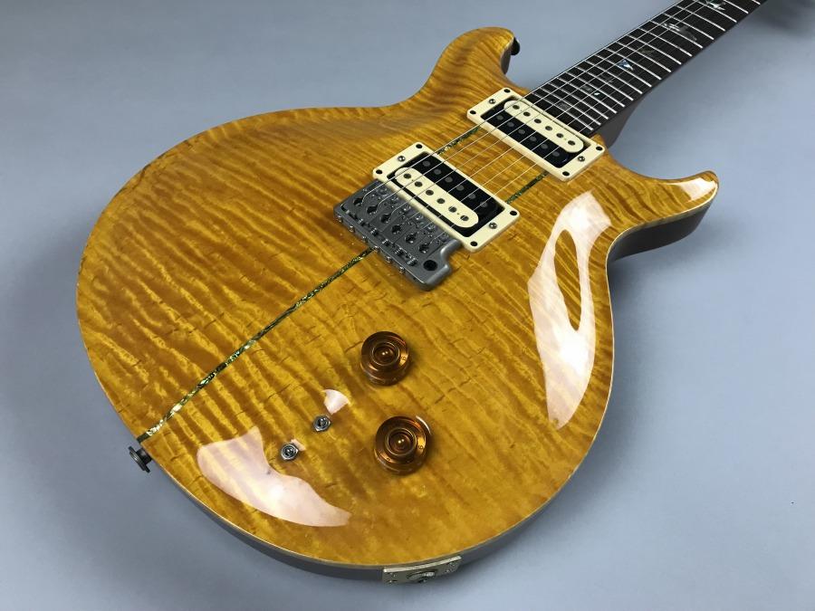 Carlos Santana Model Santana Yellow【1996年製】のボディトップ-アップ画像