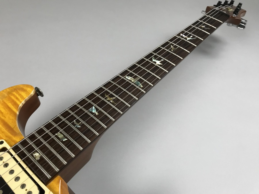 Carlos Santana Model Santana Yellow【1996年製】の全体画像(縦)