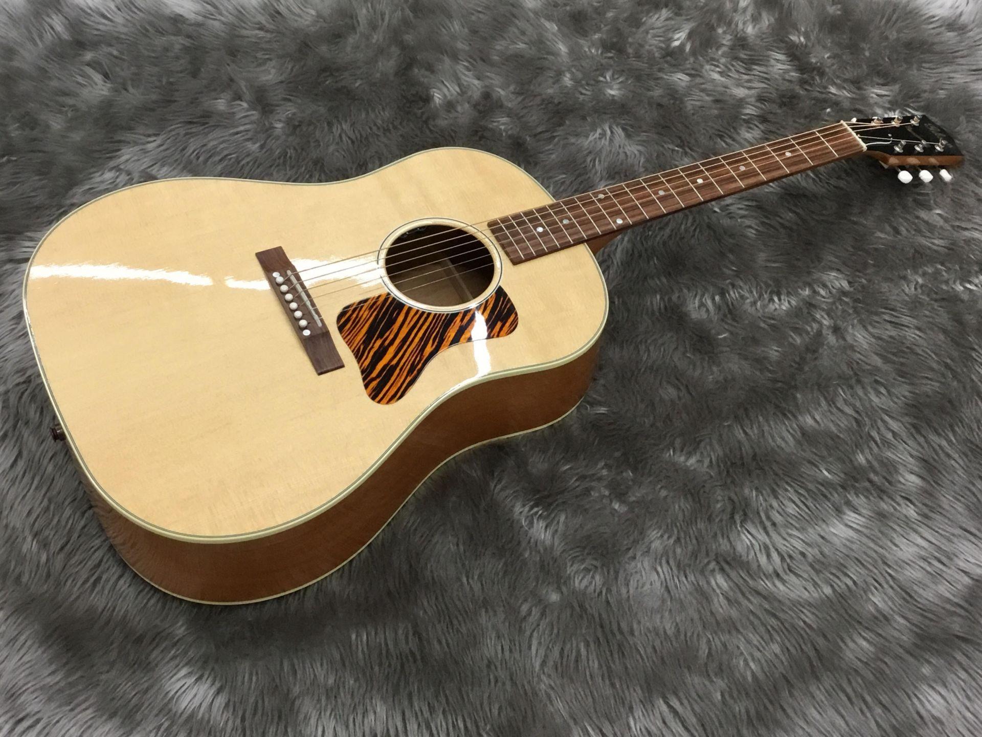 Gibson  Gibson/J-35 写真画像