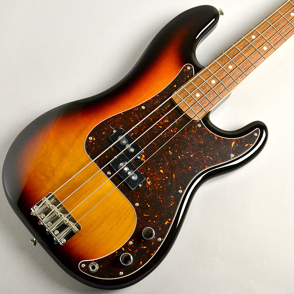 Japan Exclusive Classic Special 60s Precision Bass 3-Color Sunburstのボディトップ-アップ画像