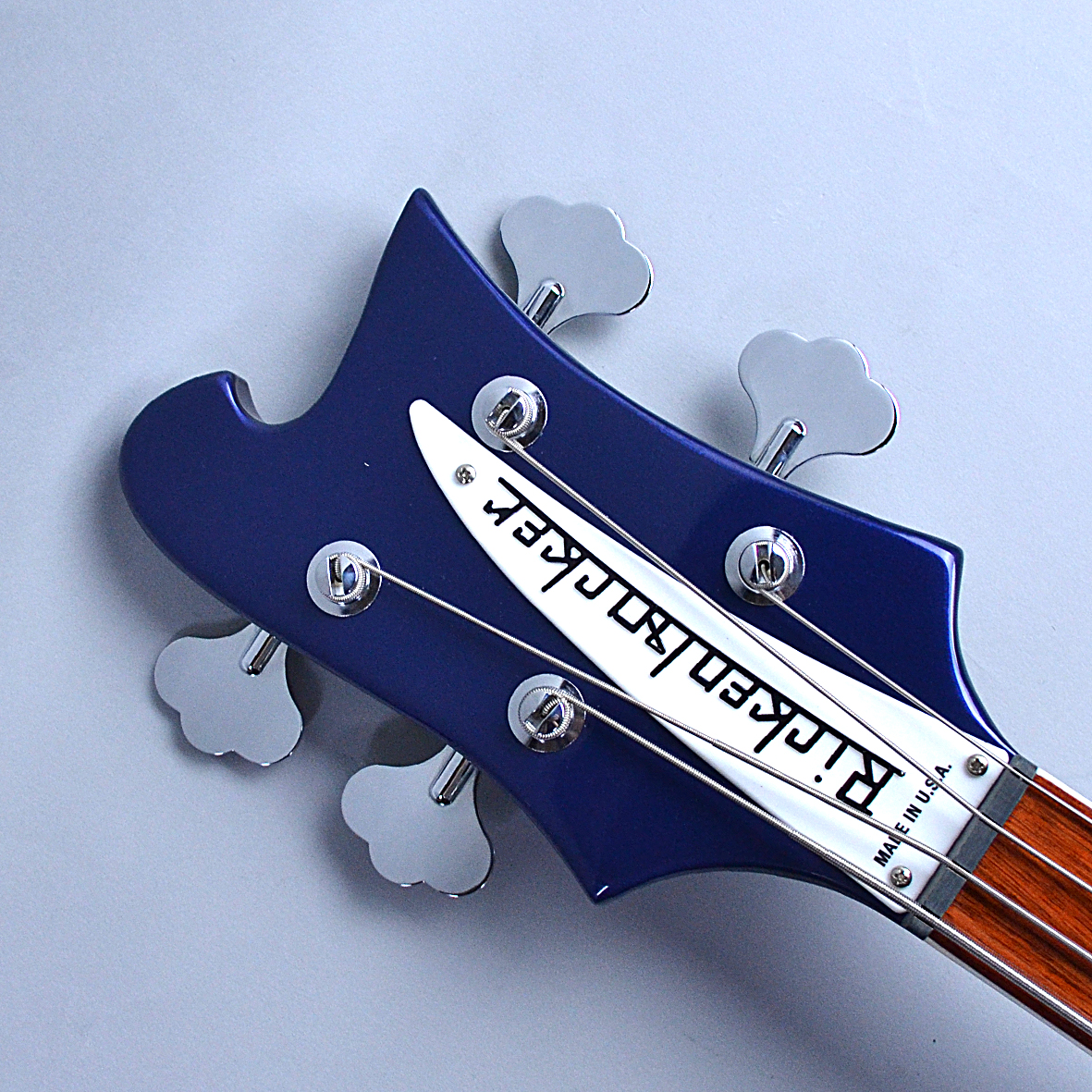 Rickenbacker 4003のヘッド画像