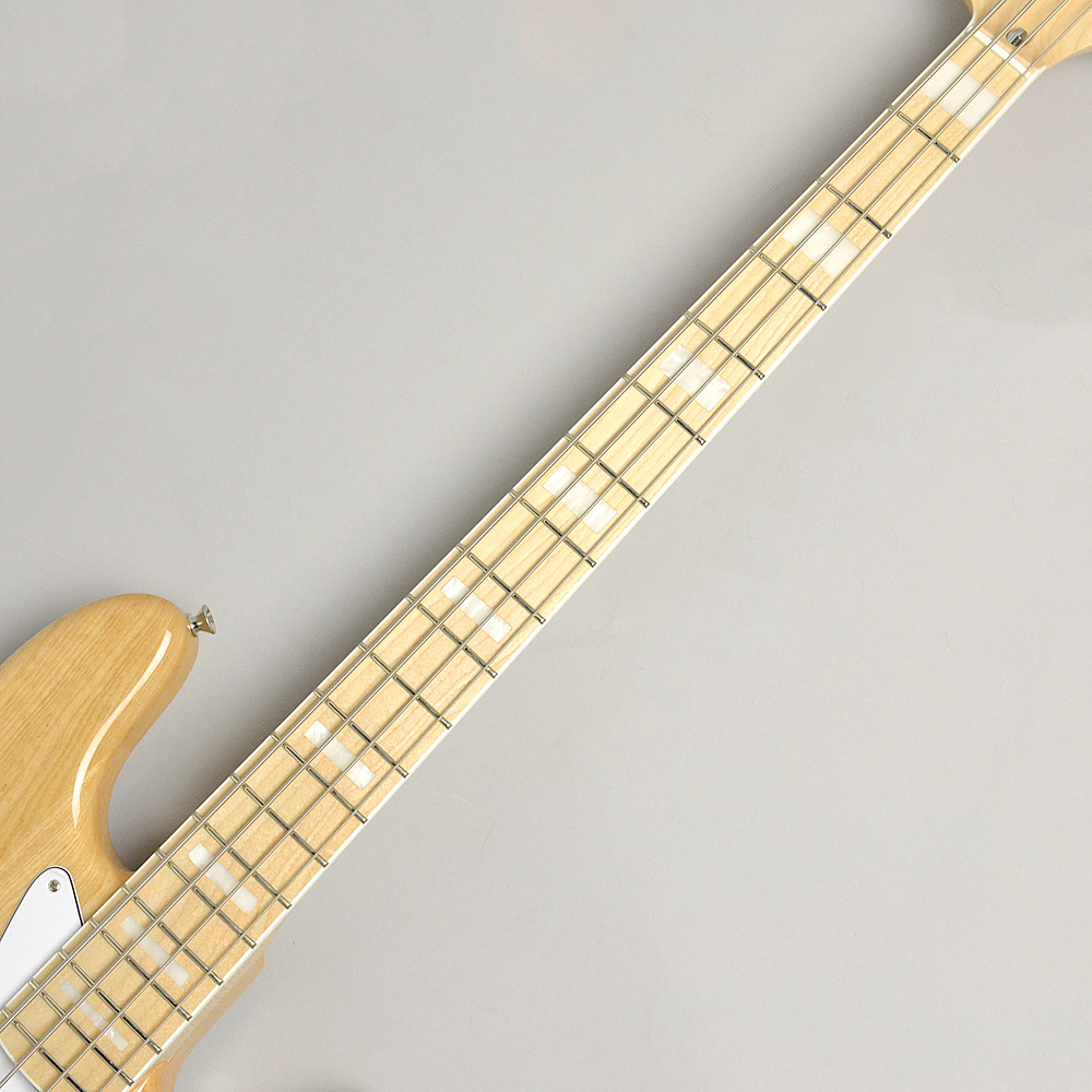 MADE IN JAPAN TRADITIONAL 70S JAZZ BASS Naturalの指板画像